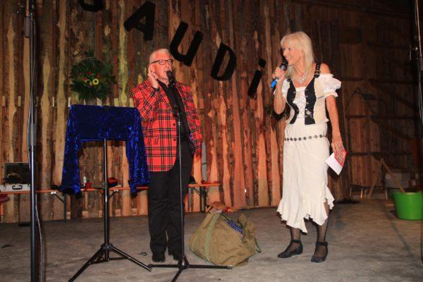 Evelyne Leutwyler, organisierte das Festprogramm, u.a. den Bauchredner Roli Berner